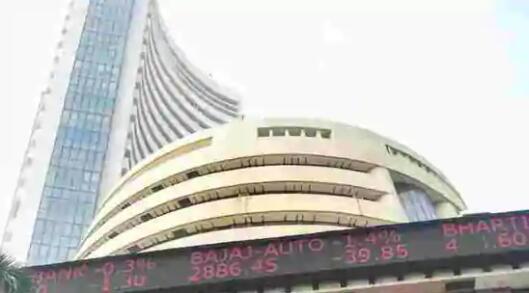 Sensex收于创纪录的49,517 Nifty收于14,500以上