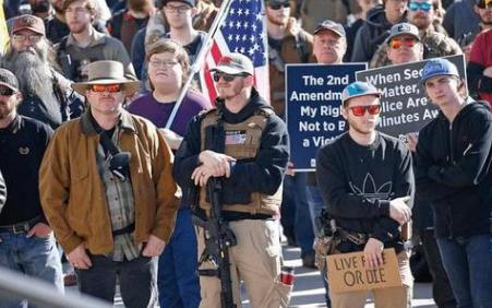美国发生多起大规模枪击事件,美国为什么不严格管控枪支